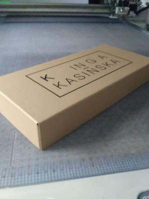 pudełko z nadrukiem 1 sztuka